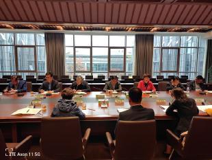 滨江开发区、江宁街道联合组织代表开展会前视察活动